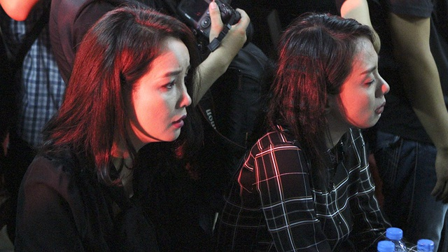 Xúc động tình nghệ sĩ đêm cuối cùng bên ca sĩ Minh Thuận - 21