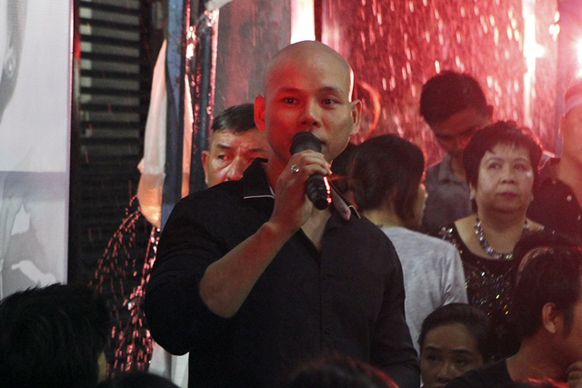 Phan Đình Tùng hát những ca khúc về Chúa để tặng riêng cho ca sĩ Minh Thuận