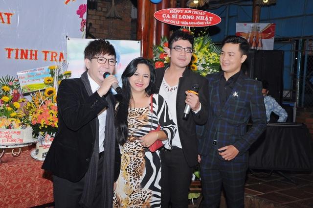 Ca sĩ Ngọc Ánh cùng người bạn song ca - Ngọc Tùng tham dự sinh nhật