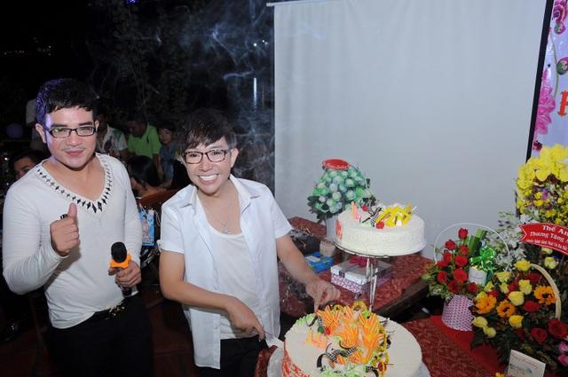 Cũng trong ngày sinh nhật, ca sĩ Long Nhật giới thiệu một sản phẩm nghệ thuật mới do anh hợp tác cùng Vương Bão Tuấn.
