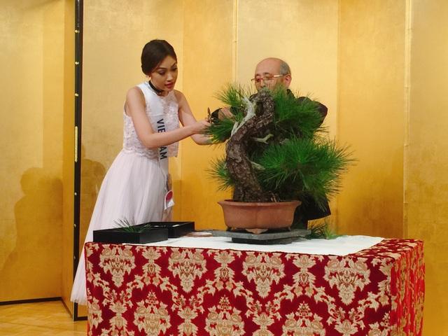Cuộc thi Hoa hậu Quốc tế đã và đang diễn ra với rất nhiều hoạt động tại Nhật Bản, đại diện của Việt Nam Á khôi Phương Linh vô cùng hào hứng với các hoạt động trong khuôn khổ cuộc thi.