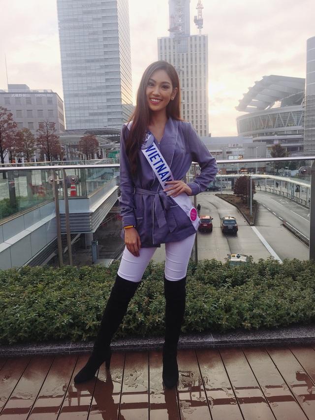 Hé lộ quà tặng quốc gia của Phương Linh tại cuộc thi Hoa hậu Quốc tế 2016 - 8