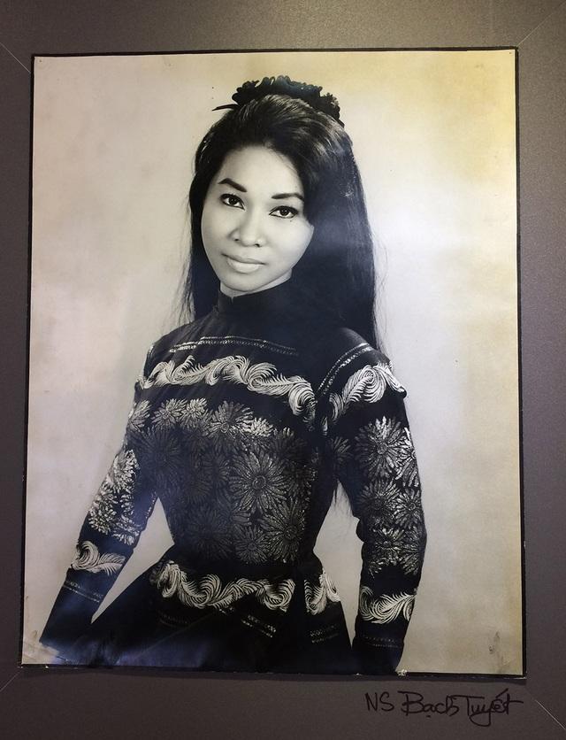 Nhìn lại chân dung những mỹ nhân Sài Gòn xưa - 9