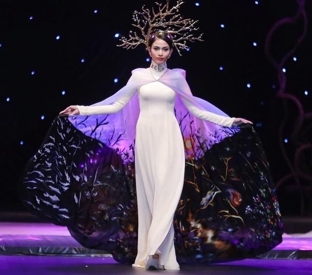Á hậu Trương Thị May cho biết mình cũng không ít lần bị chèn ép trong nghề