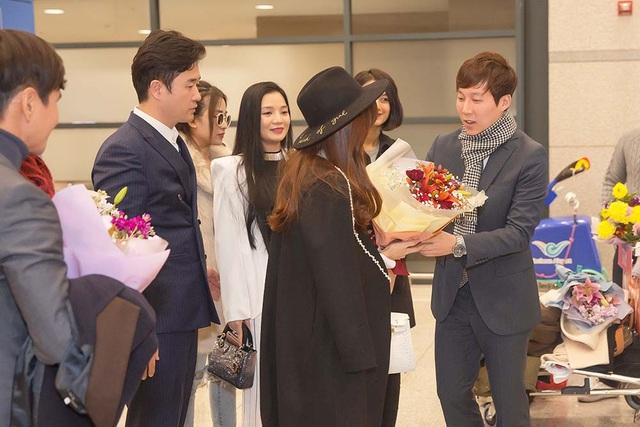 Midu được nhận giải diễn viên Châu Á xuất sắc tại Hàn Quốc - 2