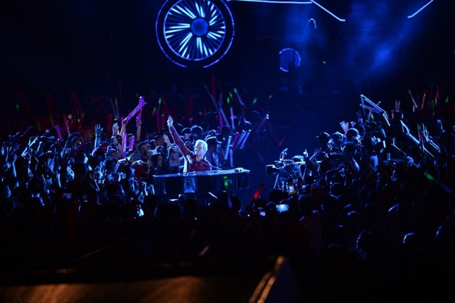 Michael Learns to Rock và Wonder Girls bùng cháy cùng khán giả - 4