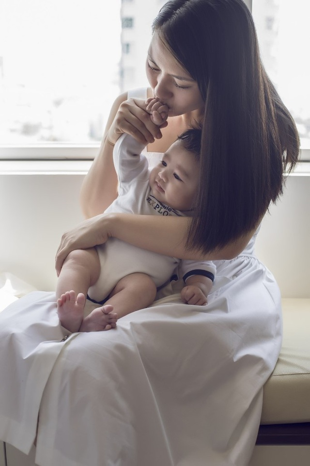 Ngọc Lan - Thanh Bình tung ảnh con trai kháu khỉnh 2 tháng tuổi - 6