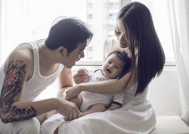 Ngọc Lan - Thanh Bình tung ảnh con trai kháu khỉnh 2 tháng tuổi - 11