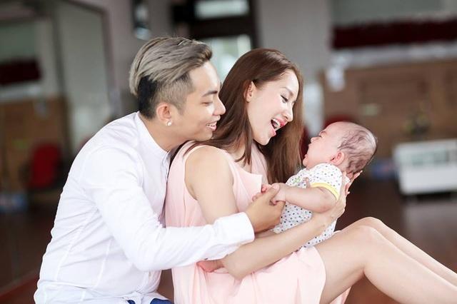 Cuộc tình ấy càng tròn vẹn hơn khi có sự ra đời của bé Kubi dễ thương, kháu khỉnh.