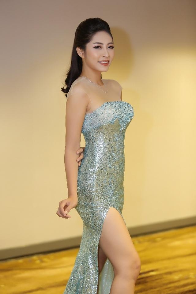 Hé lộ chiếc vương miện trị giá 3,2 tỷ đồng dành cho ngôi vị Hoa hậu Đại dương 2017 - 5