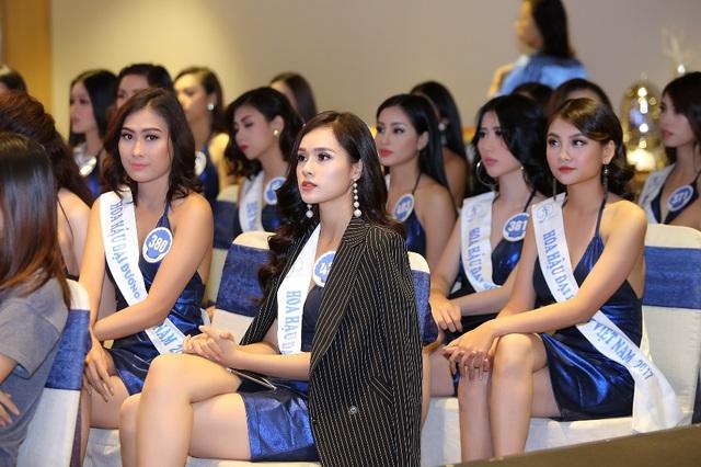 Chỉ còn 2 ngày nữa, vương miện trị giá 3,2 tỷ đồng của Hoa hậu Đại Dương Việt Nam 2017 sẽ có chủ