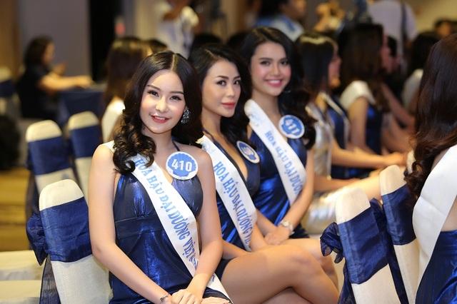 33 thí sinh đến từ các tỉnh thành trên cả nước chuẩn bị bước vào đêm chung kết cuộc thi Hoa Hậu Đại Dương Việt Nam 2017.