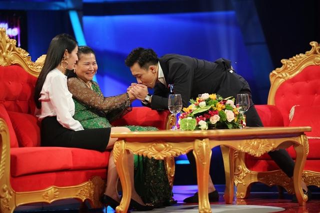 """Những chia sẻ của Thủy Tiên về mẹ chồng khiến MC Trấn Thành hào hứng và tuyên bố """"Thật ra mẹ chồng hiện đại là phải như thế, thương con dâu như là con ruột, cô là người mẹ của năm."""