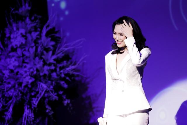 Và có thể nói rằng năm 2017, Mỹ Tâm chính là nghệ sĩ nữ có những hoạt động thành công nhất làng giải trí Việt.