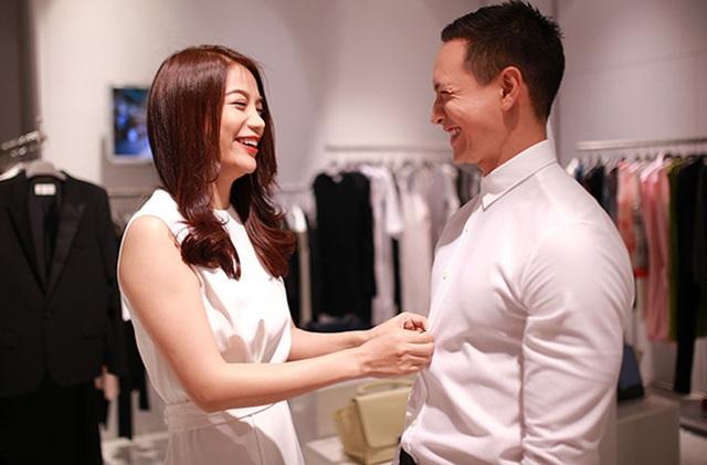 """Những cặp đôi """"phim giả tình thật"""" của showbiz Việt - 5"""