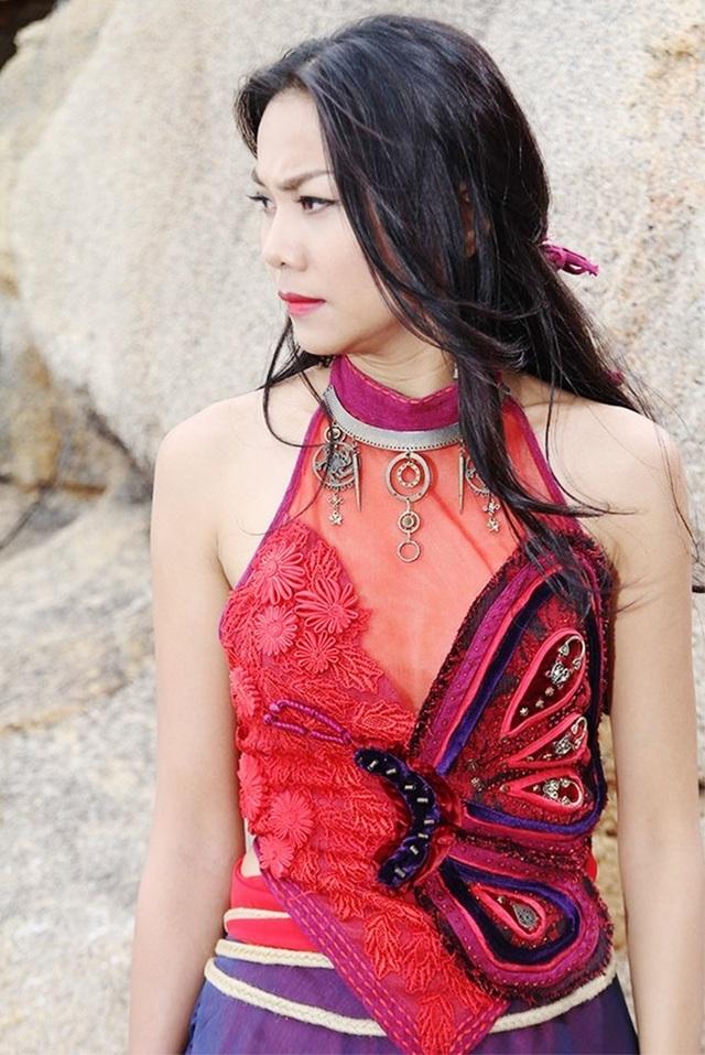 Vai diễn về nữ võ hiệp của Thanh Hằng nhận được nhiều tình cảm của khán giả nhờ vào tạo hình đẹp quyến rũ. Diễn xuất của Thanh Hằng trong phim cũng được đánh giá khá cao.