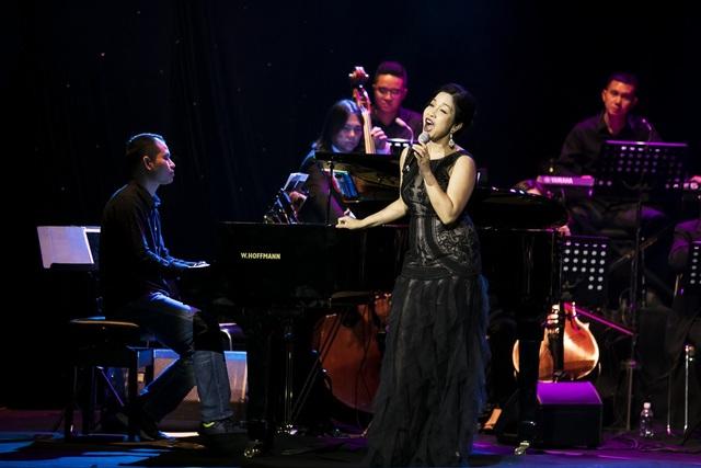 Dàn diva Thanh Lam, Hồng Nhung, Mỹ Linh tham dự liveshow cuối cùng của nhạc sĩ Dương Thụ - Ảnh 3.
