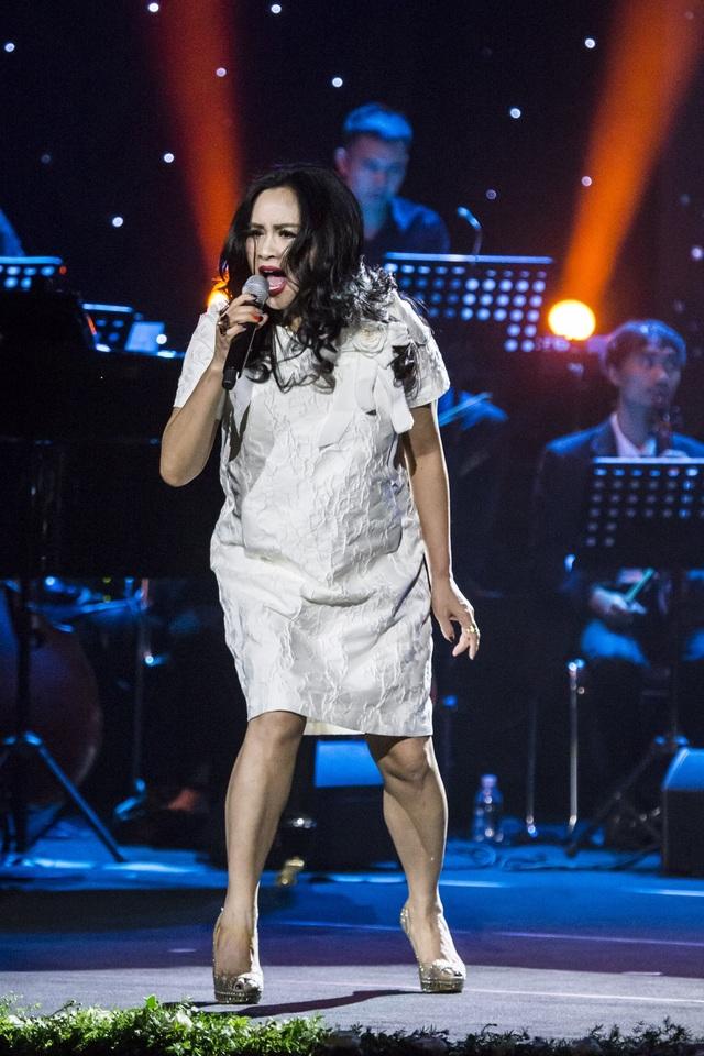 Dàn diva Thanh Lam, Hồng Nhung, Mỹ Linh tham dự liveshow cuối cùng của nhạc sĩ Dương Thụ - Ảnh 11.