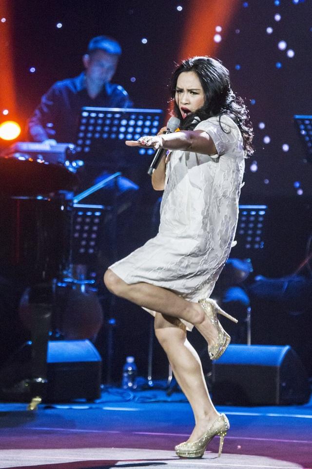 Dàn diva Thanh Lam, Hồng Nhung, Mỹ Linh tham dự liveshow cuối cùng của nhạc sĩ Dương Thụ - Ảnh 12.
