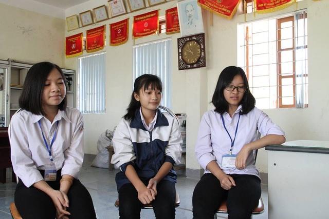 Việc làm của 3 nữ sinh sẽ được nhà trường tuyên dương trong buổi chào cờ trong tuần tới.