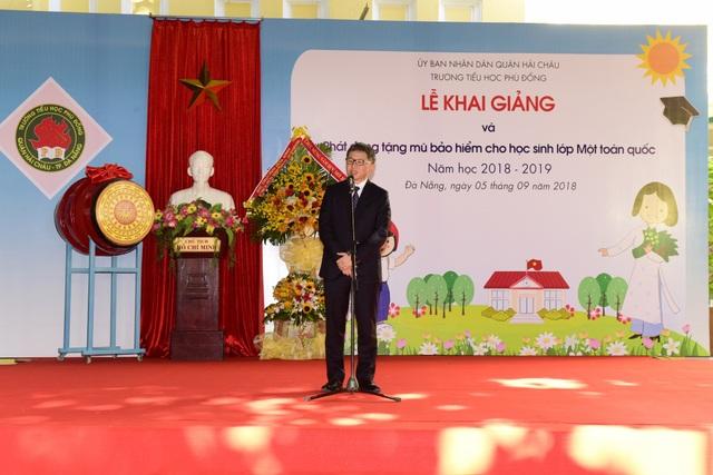 Ông Toshio Kuwahara - Tổng GĐ Công ty HVN phát biểu tại Lễ khai giảng trường Tiểu học Phù Đổng, thành phố Đà Nẵng