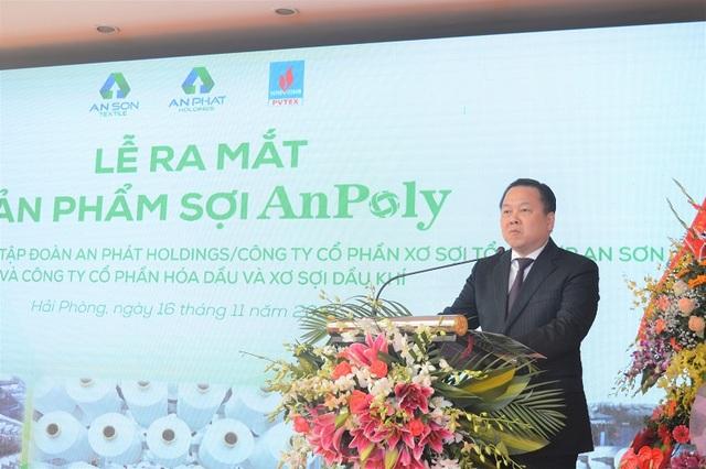 Ông Nguyễn Hoàng Anh – Chủ tịch Ủy ban Quản lý vốn Nhà nước chia sẻ tại sự kiện quan trọng của PVTex.