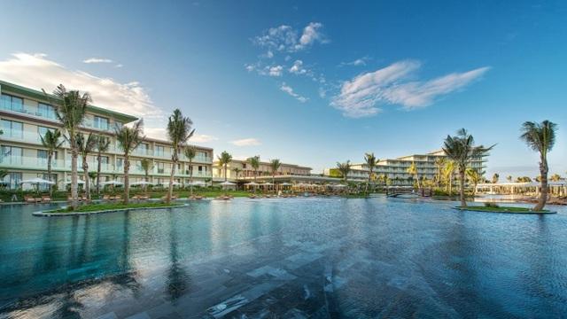 Quần thể du lịch nghỉ dưỡng FLC Samson Beach & Golf Resort đi vào hoạt động đã thay đổi nhanh chóng nhịp độ phát triển của Thị xã Sầm Sơn