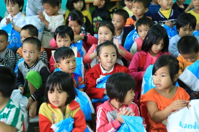 Những ánh mắt ngây thơ hồn nhiên của con trẻ luôn là động lực lớn lao để chúng tôi tiếp tục chuyến hành trình
