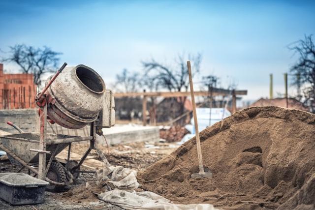 Việc dùng hồ dầu với nhiều bất tiện, mất thời gian ngâm gạch, pha trộn chiếm diện tích…