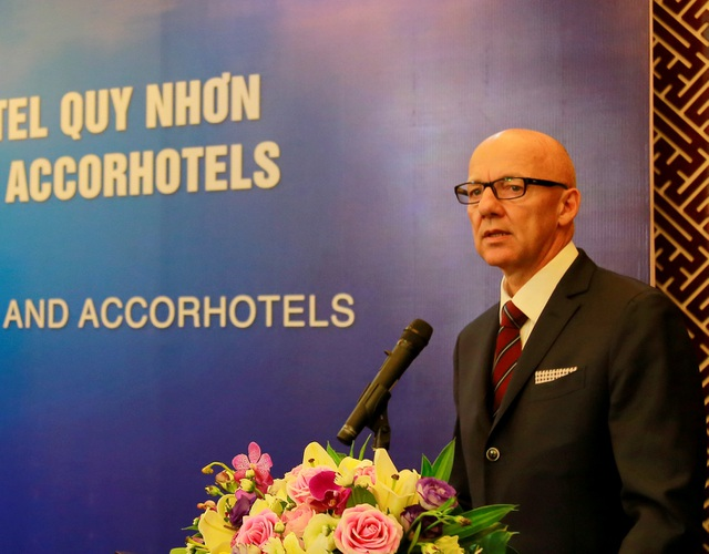 Ông Patrick Basset - Giám đốc điều hành AccorHotels khu vực Đông Nam và Đông Bắc Á phát biểu tại buổi lễ
