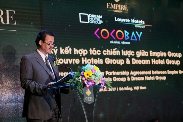 Đại diện tập đoàn Louvre Hotels phát biểu tại lễ ký kết