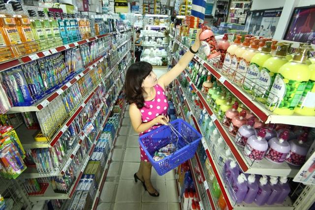 Thị trường tiêu dùng cận Tết: Nỗi lo của các doanh nghiệp chân chính - 2