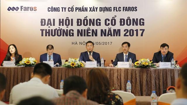 Ban chủ toạ Đại hội cổ đông thường niên năm 2017
