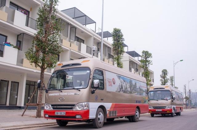 Các tuyến xe buýt từ Vinhomes Thăng Long đến các khu vực lân cận giúp việc di chuyển của cư dân được thuận tiện hơn