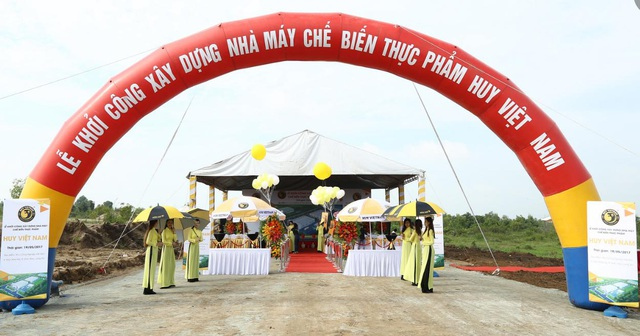Lễ động thổ dự án Nhà máy Chế biến thực phẩm Huy Việt Nam vừa diễn ra vào ngày 19/5, tại khu công nghiệp Hải Sơn, ấp Bình Tiền 2, xã Đức Hòa Hạ, huyện Đức Hòa, tỉnh Long An.