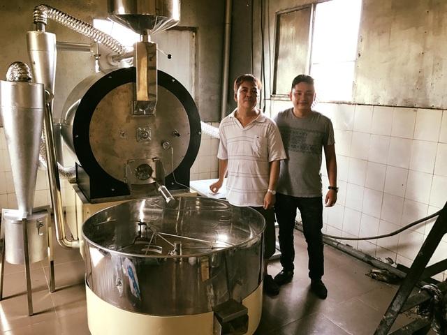 Lắp đặt máy rang café Rio 50 New Gas cho Công ty cà phê Tuấn Phát trong dự án thay đổi công nghệ rang xay của Tuấn Phát Coffee