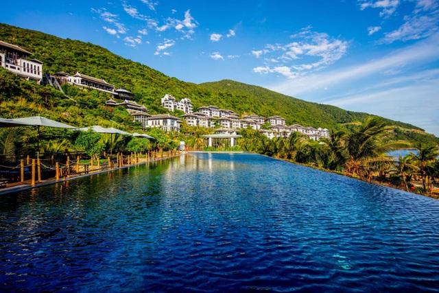 InterContinental Danang Sun Peninsula Resort giành 4 giải thưởng du lịch danh giá - 4