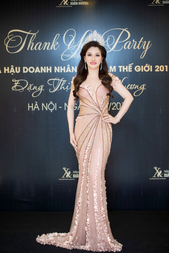 Nhan sắc rạng ngời của Hoa hậu Doanh nhân VNTG Đặng Thị Xuân Hương