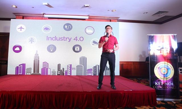 Ông Trần Sĩ Việt - Giám đốc kinh doanh của công ty Cổ phần Sáng tạo Chia sẻ Thông minh chia sẻ về mạng xã hội thương mại điện tử Smartshare.