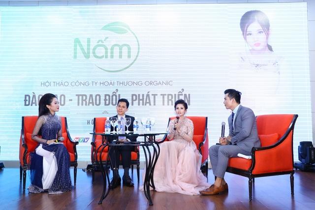 Tiến sĩ Trần Phi Hoàng đã chia sẻ nhiều kiến thức về xu hướng Marketing, kinh doanh và tư vấn khách hàng cho hệ thống công ty