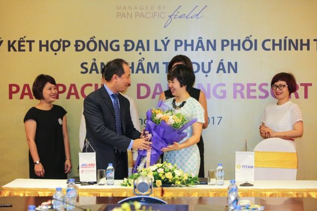 Lễ ký kết hợp đồng đại lý phân phối chính thức sản phẩm tại dự án Pan Pacific Danang Resort - 1