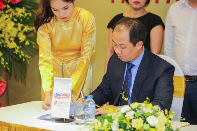 Lễ ký kết hợp đồng đại lý phân phối chính thức sản phẩm tại dự án Pan Pacific Danang Resort - 3