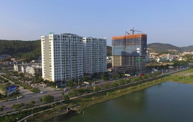 Green Bay Premium – Hometel kiểu mẫu đầu tiên Việt Nam đã cất nóc