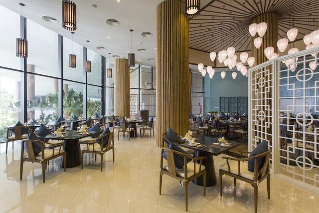 """Khách hàng """"chen chân"""" tham dự Lễ giới thiệu The Coastal Hill - FLC Grand Hotel Quy Nhơn - 5"""