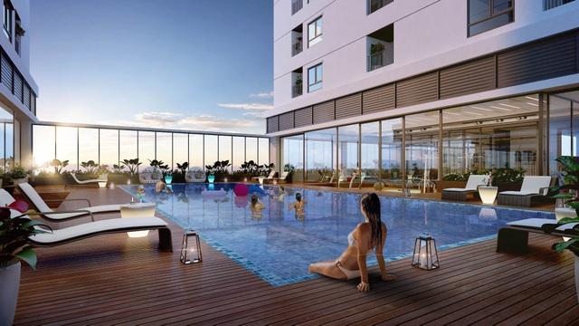 Bể bơi 4 mùa rộng 500m2 nằm trong khuôn viên của tổ hợp