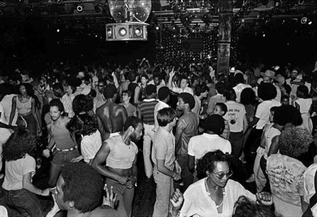 Âm hưởng của disco