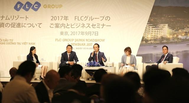 Nhiều câu hỏi về thủ tục đầu tư tại Việt Nam đã được các nhà đầu tư chuyển đến cho Tập đoàn FLC và các diễn giả khách mời.