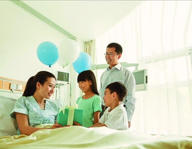 Đối phó với chi phí điều trị y tế ngày một tăng cao - 2