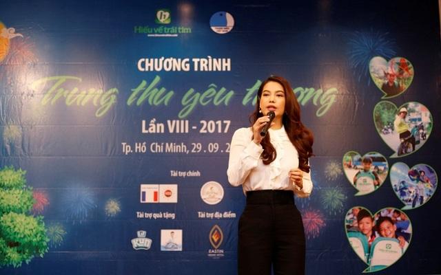 Diễn viên điện ảnh Trương Ngọc Ánh - Giám đốc Truyền thông của Quỹ Hiểu về trái tim mong muốn muốn góp một phần công sức nhỏ của mình để mang thêm niềm vui đến cho những em nhỏ có hoàn cảnh khó khăn