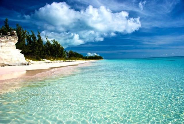 Bãi Ông Lang - Thiên đường ngủ quên với màu nước biển xanh ngọc lam tựa Maldives của Việt Nam